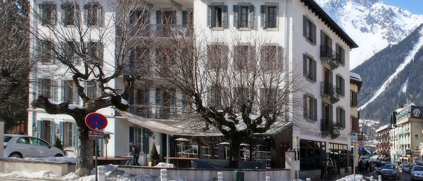 France_Chamonix-Hotel-Gustavia-exterior.jpg